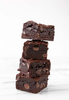 Favorite Fudge Brownies | http://www.thekitchenpaper.com/favorite-fudge-brownies/