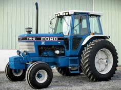 New Holland Ford, Classic Tractor, Ford Tractors, Antique Tractors, Bass Fishing, Vehicles, Places, Blue, Collection
