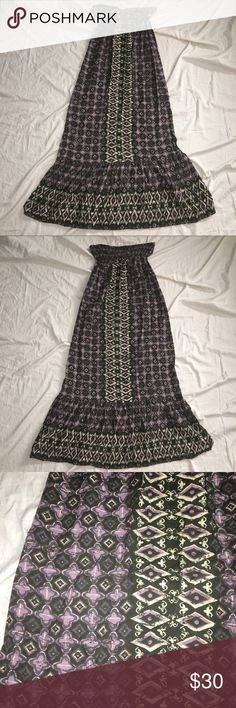 Honolua Wanine strapless maxi dress M (E-17) Honolua Wanine maxi strapless dress. Women's M. Gently used without flaws Honolua Wanine Dresses Maxi