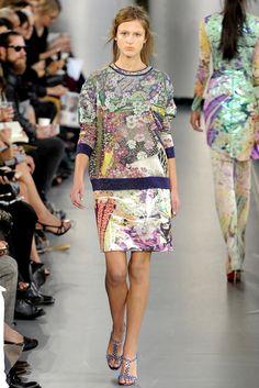 cfa2a4aab0a Mary Katrantzou Spring 2012 Ready-to-Wear Fashion Show