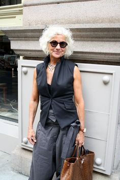 This gorgeous lady teaches fashion design and construction at Parsons. She was on her way to class when I stopped her for a photo. Suggested for you: Kathleen February 23, 2016 Suzan Pitt February 9, 2016 Via Condotti, Alta Roma January 28, 2016 Tucson, Arizona January 18, 2016
