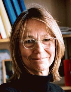 Françoise Nyssen est ministre de la culture Mai, Glasses, Biochemistry, Eyewear, Eyeglasses, Eye Glasses