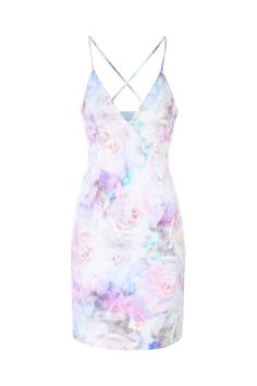 We don't mess around with prints here at Jane Norman, this multi floral printed dress is a just a colourful dream and a must have for your wardrobe! Shift Dress Pattern, Dress Patterns, Strappy Summer Dresses, Low V Neck Dress, Day Dresses, Floral Dresses, Shift Dresses, Golden Dress, Going Out Dresses
