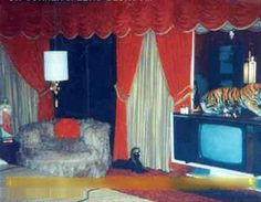 GRACELAND | Photos Of Elvis Presley's Graceland Bedroom. From the book- Elvis, Linda & Me: Unseen Pictures & Untold Stories from Graceland [Paperback] Jeanne LeMay Dumas (Author)