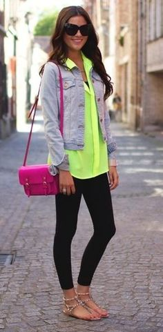 Neon with leggings and a pink purse. Casual yet cute!
