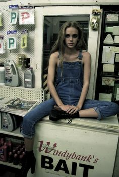 this shoot looks so grunge LOVE That's a sexy way to wear overalls ;)