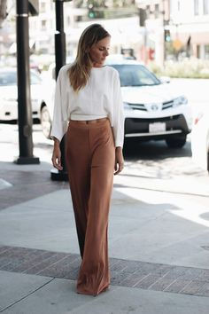 The only pair of pants I've been rocking lately are wide-leg and I decided to share this great find with you today! Ladies, trust me t...