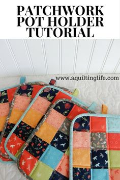 Scrappy patchwork pot holders in square or rectangular versions. Free PDF pattern download link included.