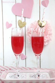 "fruchtiger Valentinstag Drink ""The Valentine""   Rezept   Mybeautylounge.de"