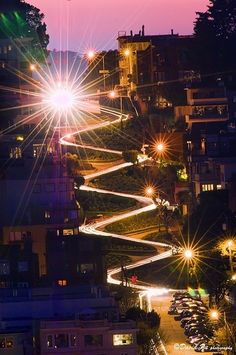 Nighttime on Lombard Street in San Francisco, California. Lombard Street is famous for having a steep, one-block section that consists of eight tight hairpin turns. Lombard Street, Oh The Places You'll Go, Places To Travel, Places To Visit, Travel Destinations, West Usa, Lac Tahoe, Beautiful World, Beautiful Places