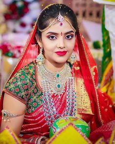 Some red-iant wedding look inspiration ❤️ . Photo by Designer Indian Wedding Jewelry, Indian Wedding Outfits, Bridal Jewelry, Indian Weddings, Bridal Silk Saree, Saree Wedding, Beautiful Girl Indian, Beautiful Indian Actress, Gold Jewellery Design