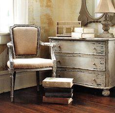 Saco, es el material utilizado para tapizar este sillón