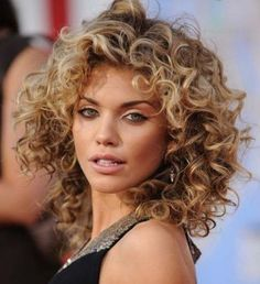 shakira cabelo cacheado - Pesquisa Google