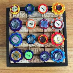 Cute way to display rings with wine corks/box also cute felt button rings!