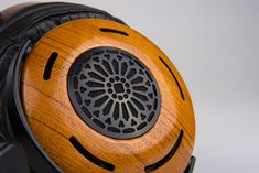 The new bio cellulose flagship from ZMF Headphones. https://audio-head.com/zmf-auteur-review/
