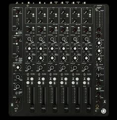 PLAYdifferently Model 1 Top