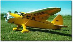 RC Model Airplane Kits: The Top Flite Stinson Reliant. Electric Rc Planes, Rc Airplane Kits, Rc Model Airplanes, Balsa Wood Models, Boat Radio, Delta Wing, Airplane Design, Vintage Airplanes, Radio Control