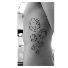 #tattoos #geometrictattoo #shapes #minimaltattoo #polygonaltattoo #polygonal #theartoftattooing #alternative
