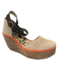 5967bd1e7c4 FLY London Sand Leather Penn Wedge