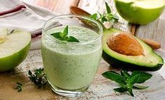 Super green avocado smoothie recipe by Vinegar Detox Drink, Apple Cider Vinegar Detox, Vinegar Diet, Smoothie Detox, Avocado Smoothie, Protein Smoothies, Ginger Smoothie, Smoothie Blender, Green Smoothies