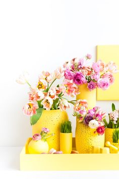Yellow monochromatic tablescape for Easter
