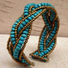 Beaded Bracelet with Turquoise Wooden Beads