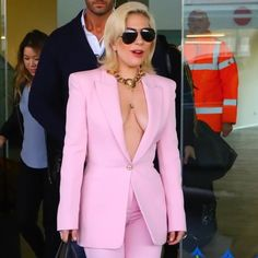 Lady Gaga Sexy Dresses 2018 Lady Gaga Outfits, Lady Gaga Fashion, Love Fashion, Lady Gaga Age, Lady Gaga Pictures, Autumn Fashion Women Fall Outfits, Divas, Our Lady, Dress To Impress