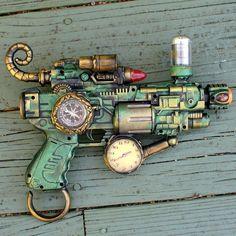 Steampunk  TESLA gun Victorian scifi pistol
