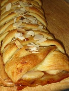 Strudel aux canneberges, aux pommes et au fromage