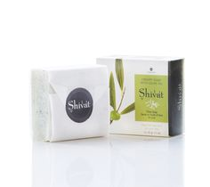 Natural Creamy Soap with Olives, Olive Oil, Shea Butter for a clean, soft and nourished skin.