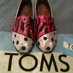Silver and Pink Zebra Toms Hand Painted Toms, Painted Shoes, Toms Shoes Outlet, Shoes 2015, Discount Toms, Pink Zebra, Crazy Shoes, Fashion Design, Fashion Tips