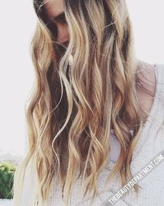 Love this beach waves hair look?