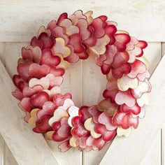Valentine's Day Ombre Capiz Heart Wreath --> click the link to buy! Decoration ideas for Valentine's Day! Valentine Day Wreaths, Valentines Day Party, Valentines Day Decorations, Valentine Day Crafts, Valentine Ideas, Valentines Hearts, Valentine's Home Decoration, Red Home Decor, Heart Decorations