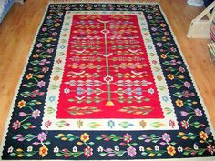 Handmade romanian traditional rug - Covor romanesc traditional lucrat manual - Canada Folk Embroidery, Moldova, Traditional Rugs, Sweet Home, Carpet, Cool Stuff, Modern, Folk Art, Weaving