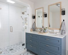 Large shower stalls, stylish focal walls and vanity drawers grabbed Houzz users' attention this winter Potential master bathroom change? Bathroom Renos, Master Bathroom, Bathroom Ideas, Bathroom Pictures, Bath Ideas, Bathroom Remodeling, Bathroom Organization, Remodeling Ideas, Shower Ideas