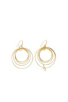 Brigette Earrings | Langaeble Stockholm #langaeble #hoops #brass #mässing #jewelry #smycken #örhängen #earrings #svenskdesign