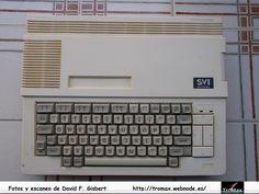 MSX Spectravideo SVI 738 Xpress, Fotos y propietario David F. Gisbert (Tromax) Usuario informatico de Amiga, MSX, coleccionista de microordenadores y videoconsolas