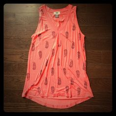 Coral and navy paisley tank This coral and navy paisley tank is great for the beach, pool, or casual weekend plans!  It's also perfect to dress up with a sweater for a casual office day. Old Navy Tops Tank Tops