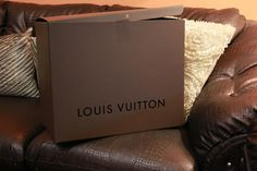 For a special gift... #rent a Louis Vuitton for yourself or to your girlfriend or mother, sisters or friend.... on www.rentfashionbag.com !