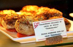 """Champiñones rellenos de crema de nueces """"Tierraranda"""""""
