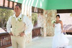 #destinationwedding #mexicowedding #iberostar #weddingblog #wedding #firstsee #adventurephotos  #morilee #5108