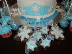 FROZEN Snowflakes Birthday Theme!  Sugar cookies individually wrapped!