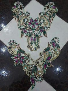 Discover thousands of images about Hand Embroidery Dress, Bead Embroidery Patterns, Hand Embroidery Designs, Beaded Embroidery, Diy Lace Ribbon Flowers, Tambour Beading, Motif Design, Collar And Cuff, Beads