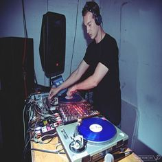 Just Juice at Queen of Hoxton, 1-5 Curtain Road, Shoreditch, EC2A 3JX, UK. On Nov 22, 2014 to Nov 23, 2014 at 8:00pm to 2:00am, Bored of monotonous house nights, with the same old DJs playing the same old stuff, Just Juice was started to bring some spice to the dancefloor So, fittingly. URL: Tickets: http://atnd.it/17292-0  Category: Nightlife  Prices: Advance £4, Before 9pm Free, After 9pm £6  Artists: Deadboy's Dancehall, DJ Smutlee, Tropic City DJs