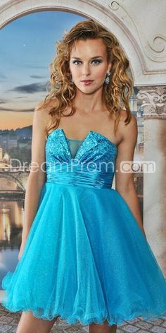 Pretty Ball Gown Mini-Length Strapless Prom Dresses
