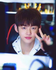 Spotify Playlist, Look Alike, Boy Groups, Kai, Rapper, Korea, Memes, Handsome, My Love