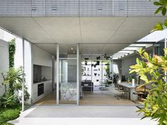 Gallery of Fitzroy North House 02 / Rob Kennon Architects - 5