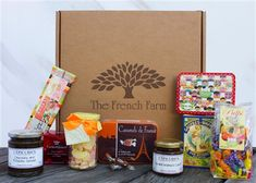 The Sweet Tooth Gift box is filled with everything sweet and delicious, from caramel spread to lollipops.