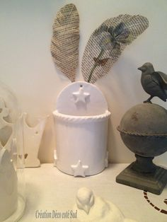 Pot étoilé en céramique émaillée. Hauteur :  REF : 35 Création @ny ROLLIN