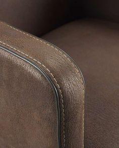 Detail Barkruk Cuero | Voor meer informatie en de diverse mogelijkheden kijkt u op www.prontowonen.nl #ProntoWonen #stoelen #woonkamer #eetkamer #interieur